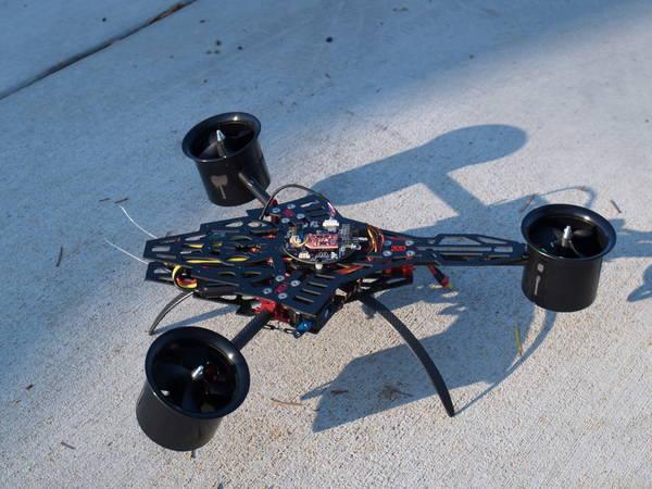drone bleu
